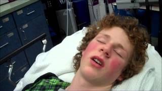 Hilarious reaction to hospital drugs (broken wrist) [Original]