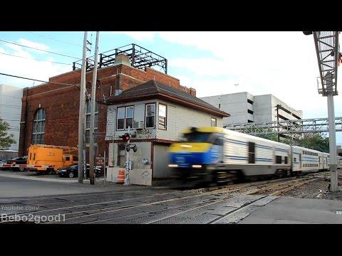 Long Island Railroad: PM Peak Trains at Mineola, NY RR