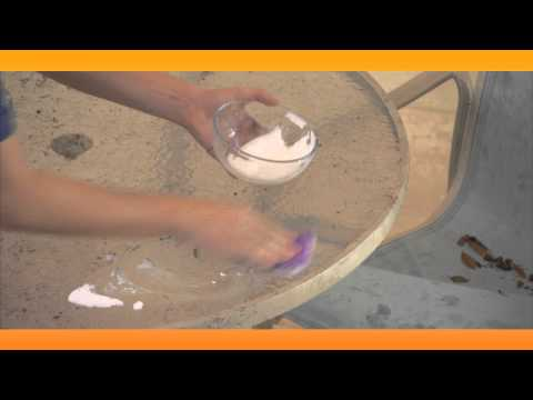 How to Clean Your Patio Furniture: Baking Soda Solutions