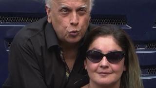 जानिए कभी Pooja Bhatt के पापा Mahesh Bhatt उनसे शादी रचाना चाहते थे !