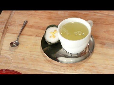 Lemongrass Pandan Tea Recipe ชาตะไคร้ใบเตย - Hot Thai Kitchen!