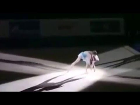 A gymnast who turned mother. Mother and child performance