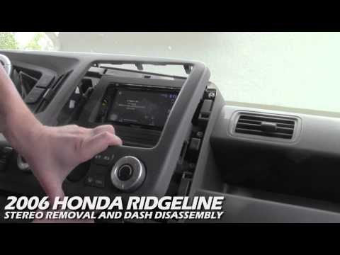 How to Remove the Stereo From a Honda Ridgeline