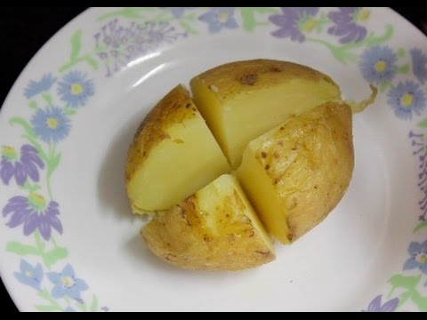 Perfectly cooked Microwave Jacket Potato in 5 minutes! Quick and easy lunch/dinner