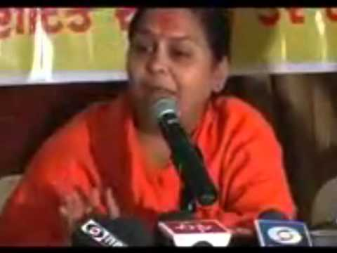 Uma Bharti exposes FEKU Modi!! (Not to be missed)