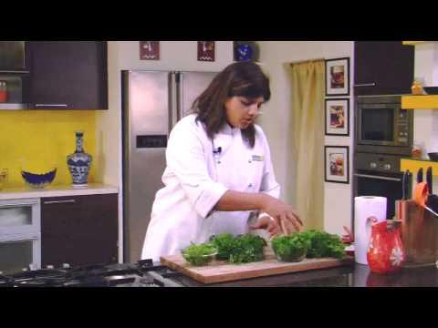 How to Store Coriander and Mint Leaves  | Sanjeev Kapoor Khazana