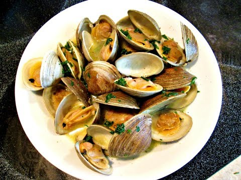 Steamed Clams - Cooking Live Littleneck Clams to perfection in 10 minutes - PoorMansGourmet