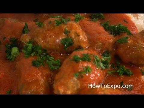 Cumin Kufta - Middle Eastern Meatballs In Sauce (Kofta, Kufte)