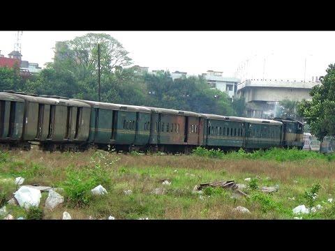 Empty Voyal Express (Dhaka to Dewangang) Train Shunting at kamlapur Railway Station