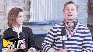 Download Natalia Dyer & Billy Magnussen on 'Stranger Things' & 'Velvet Buzzsaw' | MTV News | #Sundance Video