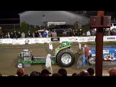 Centerville truck and tractor pull 2017