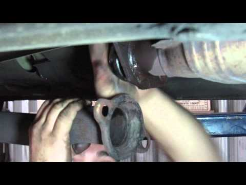 DrivenCrazy: Common Repair: Exhaust Leak