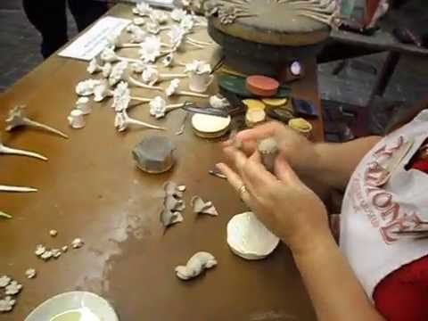 Gladstone Pottery Museum 2013 - Rita Floyd making flowers in clay 01