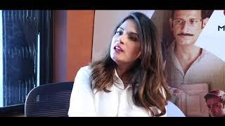 """Shah Rukh Khan is highly INTELLIGENT"": Richa Chadha"