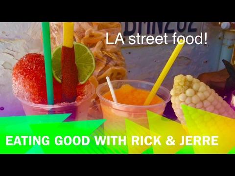 Memo's elote and raspado cart.. corn 🌽 and snowcone cart! Delicious street food in LA.