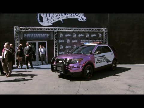 This Cop Car Has Gone Pink To Raise Breast Cancer Awareness