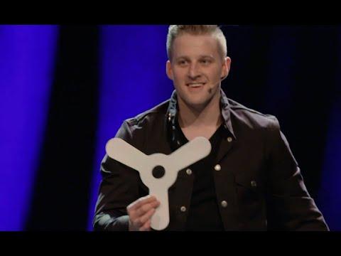 Celebrity/Boomerang Magic Trick