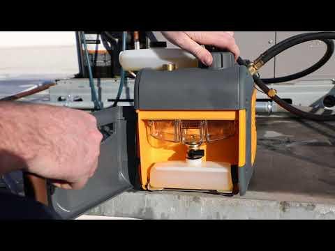 VP85 VP55 Fieldpiece Vacuum Pump RunQuick Oil Change System