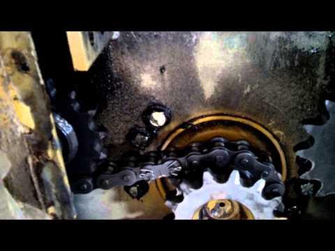 Gehl skid steer drive system