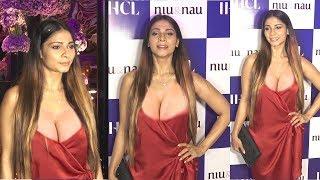 Kajol's Sister Tanisha Mukherji's B0LD Look In H0T Red Dress @ Niu & Nau Salon Launch