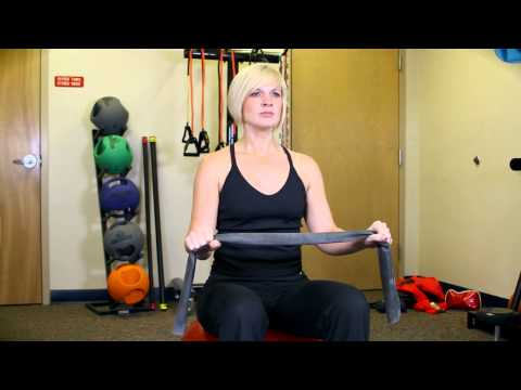 Upper Trapezius Exercise With a Thera-Band : Smart Exercises