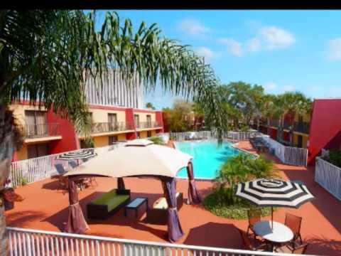 Clarion Inn & Suites Hotel International Drive