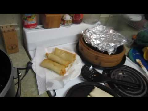making egg rolls with gran pappy deep fryer