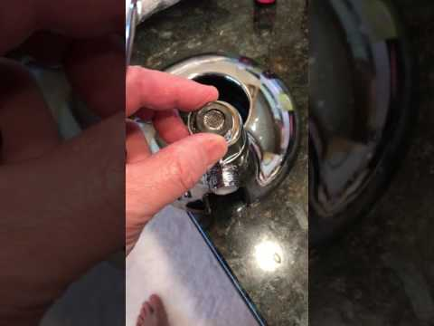 Remove Flow Restrictor on Delta 58469 Shower Head