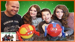 Family Balloon Bot Battle / That Youtub3 Family