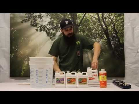 How to Mix a Batch of Hydroponic Nutrients