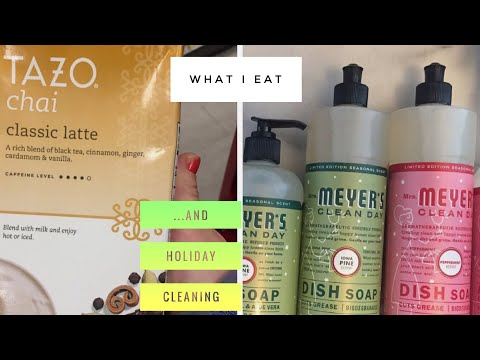 What I Actually Eat in a Day + HOLIDAY SCENTS