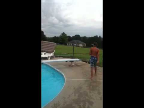 How to do a frontflip off a diving board !