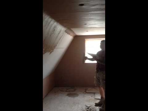 Plastering a vaulted ceiling
