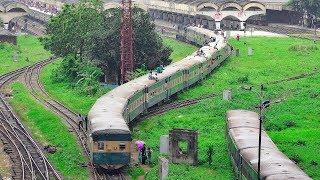 Egarosindhur Provati Express Train arriving at Dhaka Railway Station || Bangladesh Railway