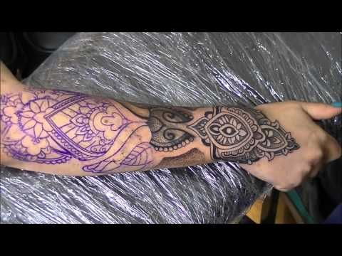 Dots and lines tattoo - time lapse