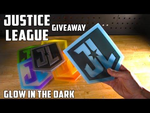 Making 6 Justice League Emblems | PressTube