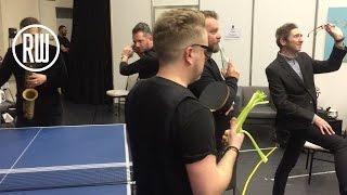 Robbie Williams | Mannequin Challenge ( #MannequinChallenge )