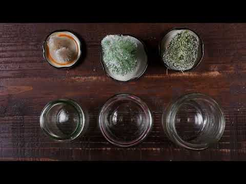 DIY - Waterless Winter Snow Globes Made From Old Jars