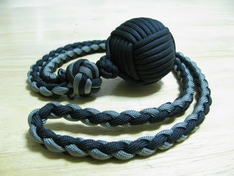 Paracordist: Monkey's Fist self defense lanyard - how to tie a manrope knot and 4 strand round braid