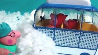 Мультфильм игрушками Свинка Пиги Pig. Зимние приключения (сугроб)