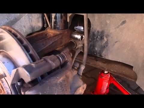 Ford Mondeo   How To Install Replace Front Shocks & Springs part 1