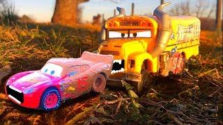 Disney Pixar Cars 3 Lightning McQueen RACE Miss Fritter, Chester Whipplefilter PRANK Toy Story Movie