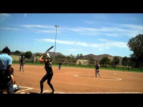 SMACKERZ Softball: Auri Rise Ball