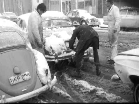 White City: heavy snow in Canberra, 1968
