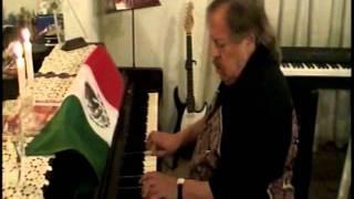 Himno Nacional Mexicano - Al Piano Lalo Toral