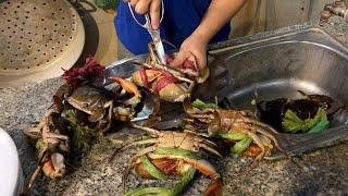 Vietnam sweet and sour MUDCRAB - Seafood street food in Vietnam