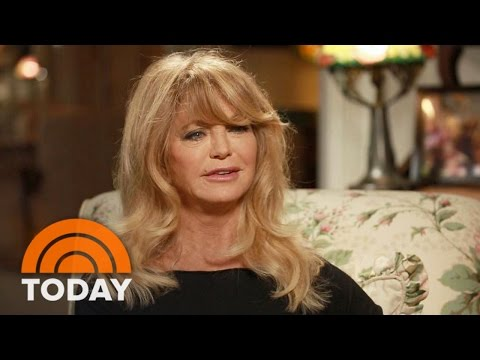 Goldie Hawn Mindfulness Is Being In The Moment Today
