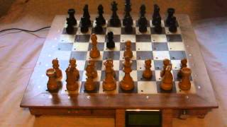 Raspberry Pi & Arduino Wooden Chess Computer