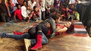 bhojpuri item song Midnight dance in india