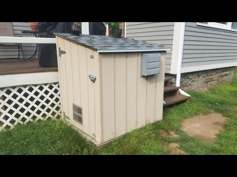 Generator shed build from scratch (Generator running)
